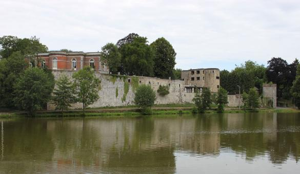 Barbençon: one of the Most Beautiful Villages in Wallonia - water - fortifications