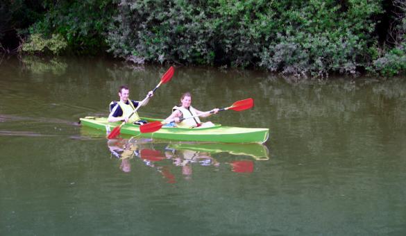 L'Ourthe en Kayak, un moment de détente proposé par Adventure Valley Durbuy