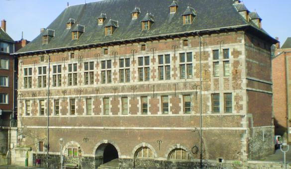Musée archéologique de Namur, la façade