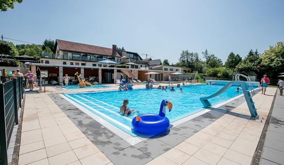 Camping Hohenbusch à Burg-Reuland - piscine