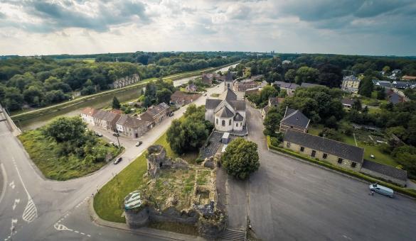 Château - Médiéval - Vaulx - Cesar