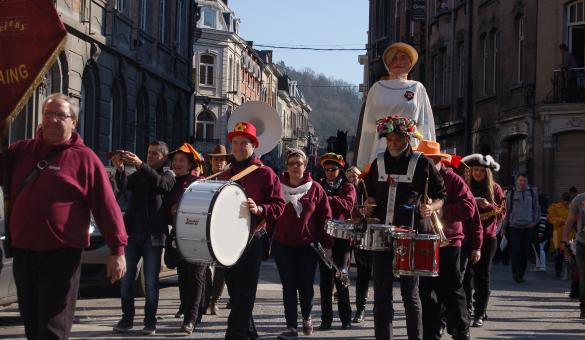 Carnaval et cortège carnavalesque à Dinant