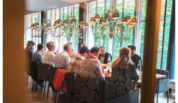 Vayamundo - Houffalize - centre de vacances - Ardenne - Dine Lounge