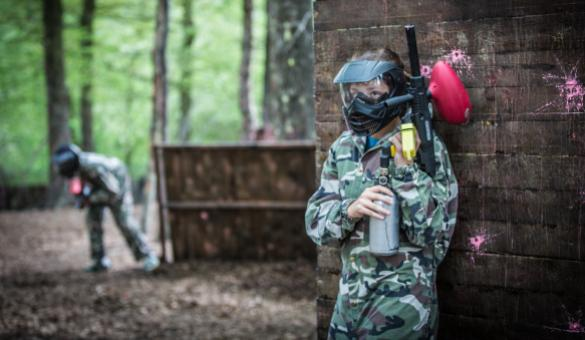 Be a strategic paintball player at the Parc Aventure Dinant in Anseremme