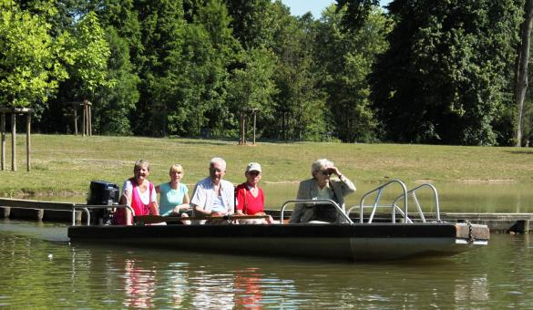Jardins d'O in Nismes: an ecological adventure aboard an electric boat