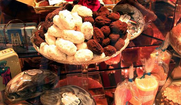 Chocolat - cacao - pure - fondant - au lait - blanc - noir