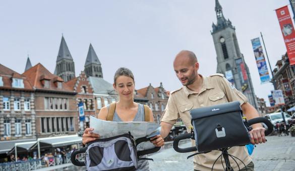 Tournai - vélo - Grand-Place - Fontaine - Ville - Activités - sport et détente