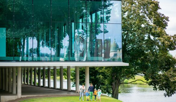 Liège - La Boverie - Parcs - jardin - Monuments - Famille - Ville - Attractions