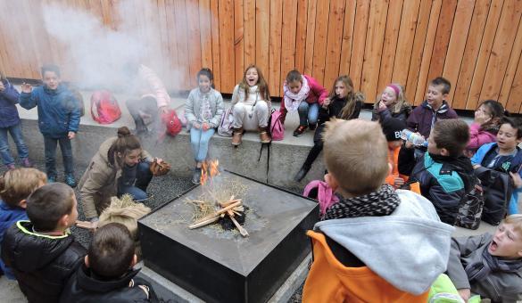 Prehistomuseum - Ramioul - kinderen - vuur