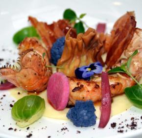 Gastronomie - Bouillon - assiète