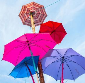 Festival - Parapluie - météo - été
