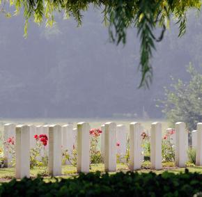 Saint-Symphorien - cimetière militaire - 14-18