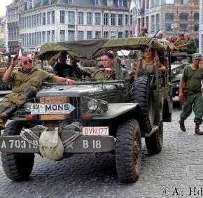 Tanks in Town - Mons - commémoration - war - guerre - mondial