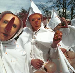 Ontdek het carnaval van Stavelot en de Blancs-Moussis, in de provincie Luik