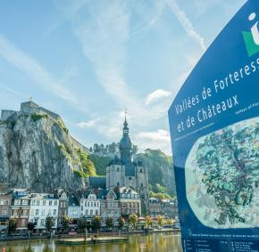 Dinant - carte - chemin - forteresse - châteaux