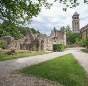 Venez découvrir la célèbre abbaye Notre-Dame d'Orval à Florenville