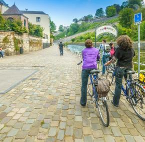 Namur - RAVeL - arrêt de la Namourette - Vélo