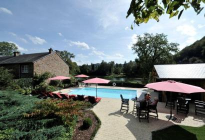 Enjoy the terrace of Le Charme de la Semois, a hotel in Alle-sur-Semois in the Ardenne