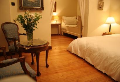 Chambres d'hôtes Les Heures Claires à Hastière-Par-Delà, la chambre Venus