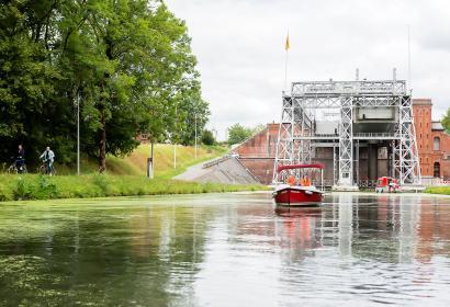 Location - bateaux électriques - canal du Centre - Ascenseur N2 et N3 - Wallonie terre d'eau