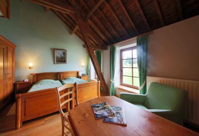 Chambre d'hôtes Ferme-château Laneffe - Walcourt