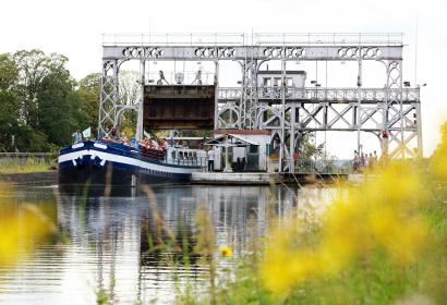 Canal du centre historique - Ascenseur Hydraulique No2 - Wallonie insolite