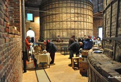 Brocante Boch au Keramis, céramique