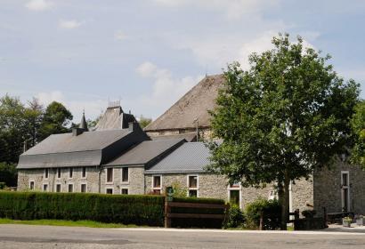 Gîte Rural - Château-Ferme de Laval - 17ème siècle - calme - repos