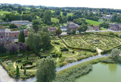 jardins fleuris - Château d'Havré - ducs d'Havré