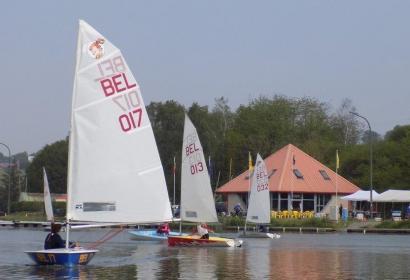 Vue du Yachting club de Ittre
