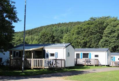 Camping en Wallonie - camp - campement - châlet - camping de l'Eau Rouge