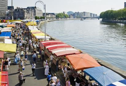 Ontdek de Markt van La Batte in Luik, de grootste en oudste markt van België