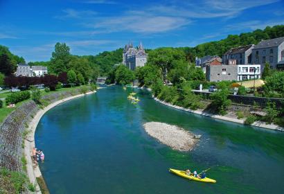 Durbuy - Ourthe - château - kayaks