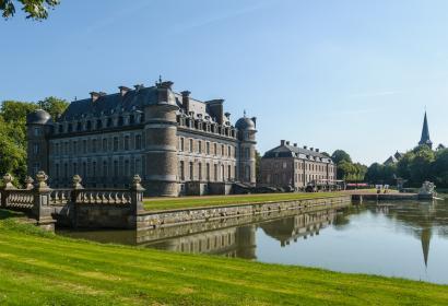 Venez découvrir le Château de Beloeil et son parc, en province de Hainaut