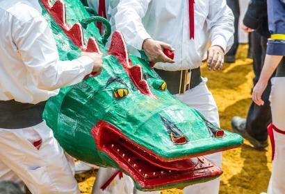 Venez découvrir la Ducasse de Mons ou Doudou, fête traditionnelle, en province du Hainaut