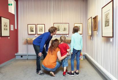 Musée du Petit Format à Nismes