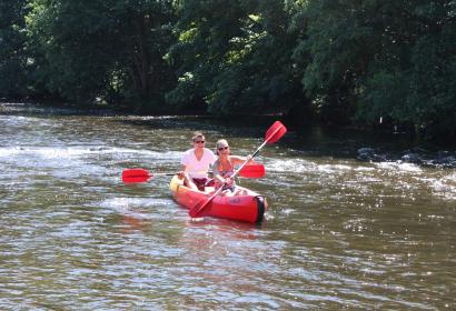 Descendez l'Ourthe en kayak avec Ardenne Aventures