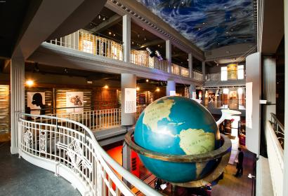 Come and discover all the knowledge of the world gathered at the Mundaneum in Mons