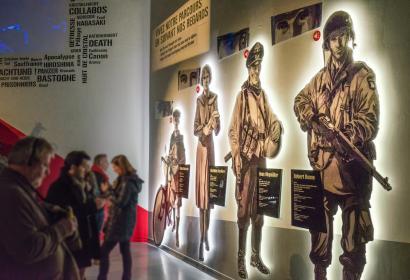 Besichtigen Sie das Bastogne War Museum, das Zentrum der Erinnerung an den Zweiten Weltkrieg