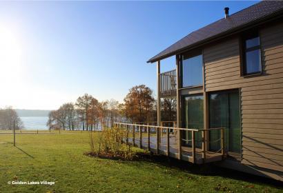 Golden Lake Village de l'Eau d'Heure à Froidchapelle
