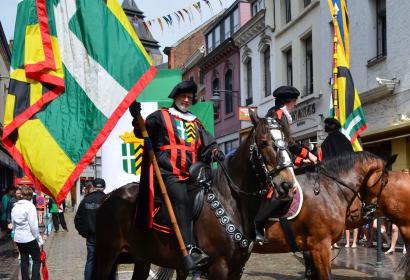 Tour Saint-Vincent - Procession historique - Soignies - depuis plus de 740 ans
