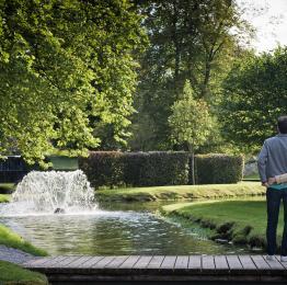 Flanieren Sie durch die Gärten von Annevoie, die einzigen Wassergärten Belgiens