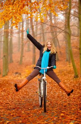 Wallonie - vélo - randonnée - automnale - automne - feuilles mortes - roux